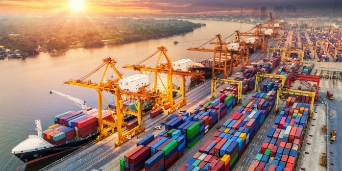 İthalat yüzde 20 arttı dış ticaret açığı yüzde 168 arttı. Hani ihracat artmıştı
