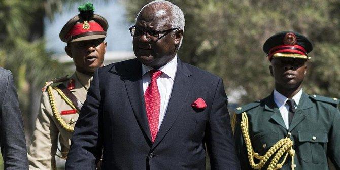 Eski Sierra Leone Cumhurbaşkanı Koroma'ya yurt dışına çıkış yasağı