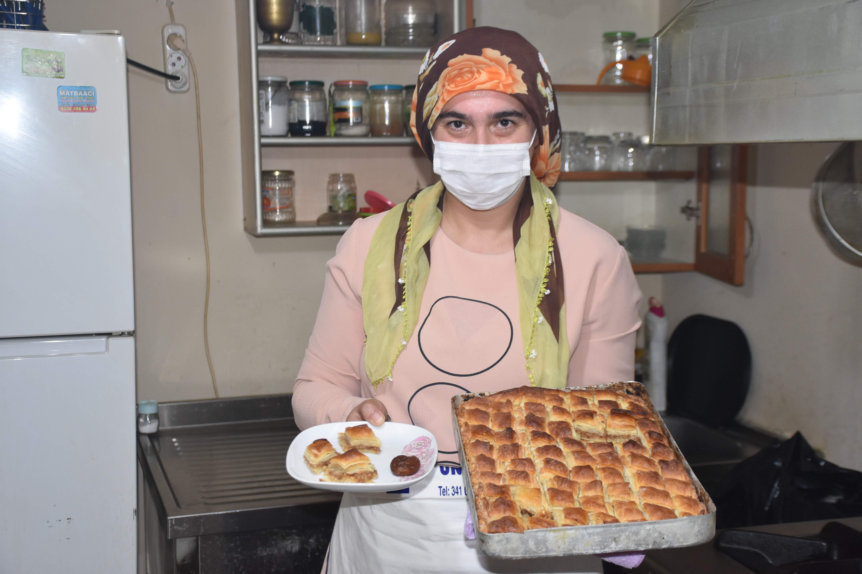 Malatyalı kadın girişimci kayısılı baklavalı yaptı, taleplere yetişemiyor