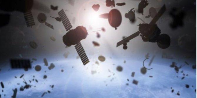 Rus uydusuyla Çin roketinin uzayda tehlikeli karşılaşması. Felaket bağıra bağıra geliyordu