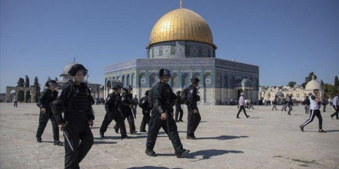 İsrail korumasındaki BAE heyetine Mescid-i Aksa'da tepki