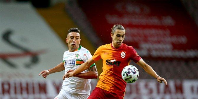 Galatasaray, Alanyaspor'a karşı son dakikada yıkıldı