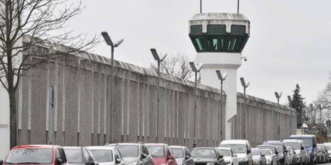 Cezaevinden 2 bin mahkum firar. Sanki tahliye oldular
