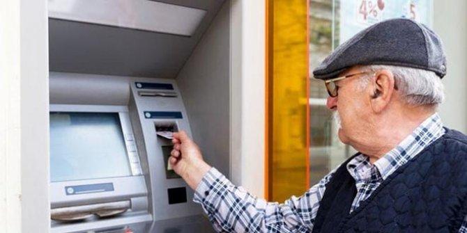 İşte emeklilere reva görülen hayat şartları. 2,6 milyon emekli sadaka gibi parayla geçinmek zorunda