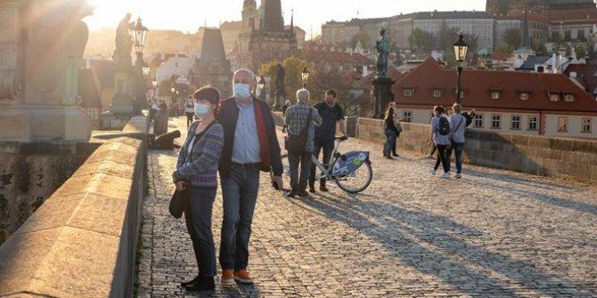 Çekya'da yeniden karantina ilan edildi