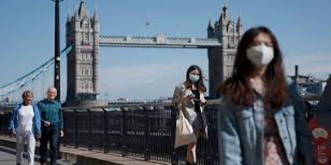 İngiltere'de 24 saatte 26 bin 688 korona virüs  vakası görüldü