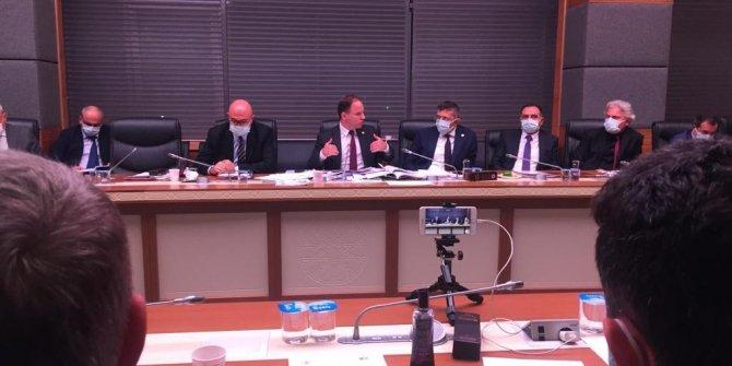 Hangi kurumun müdürü 13 bin eurodan fazla maaş alıyor? Meclis'i karıştıran tartışma