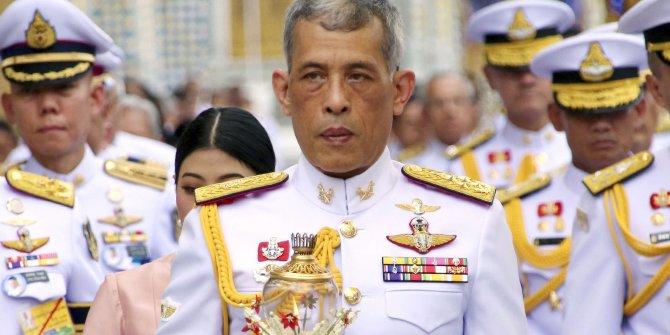 Tayland Kralı Vajiralongkorn karantinada