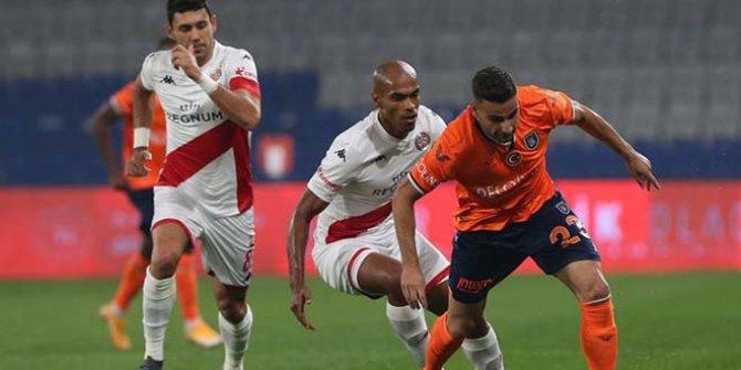 Başakşehir, Antalyaspor'a patladı