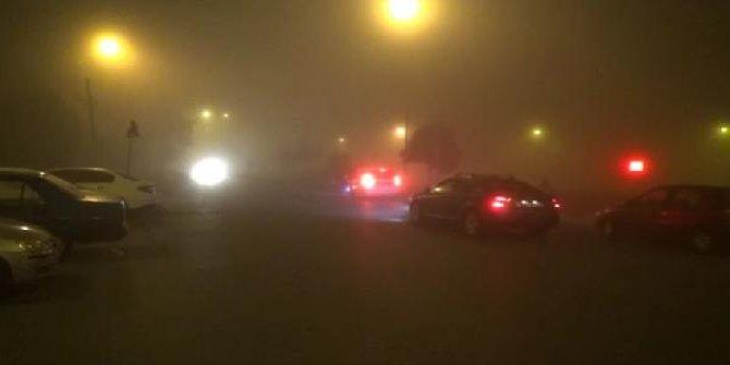 Silivri'de yoğun sis sürücüleri zora soktu