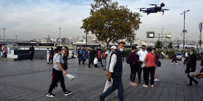 Eminönü Meydanı'nda drone destekli korona denetimi