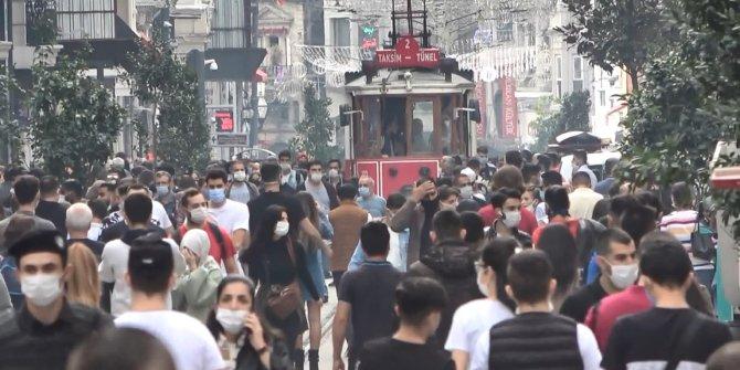 İstanbullular korona morona dinlemedi. Taksim Meydanı ve İstiklal Caddesi'nde ürküten görüntüler