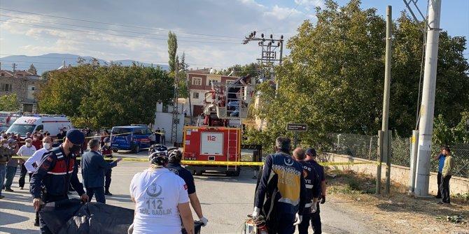Ceviz toplarken elektrik akımına kapılan kişi hayatını kaybetti