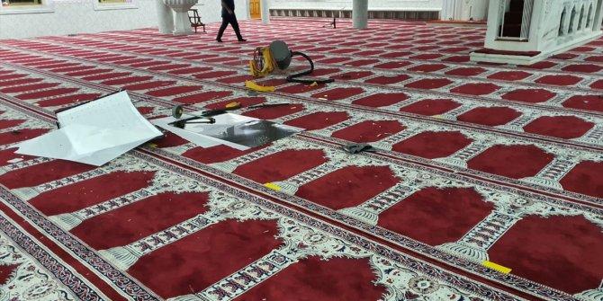 Türk camisine saldırı