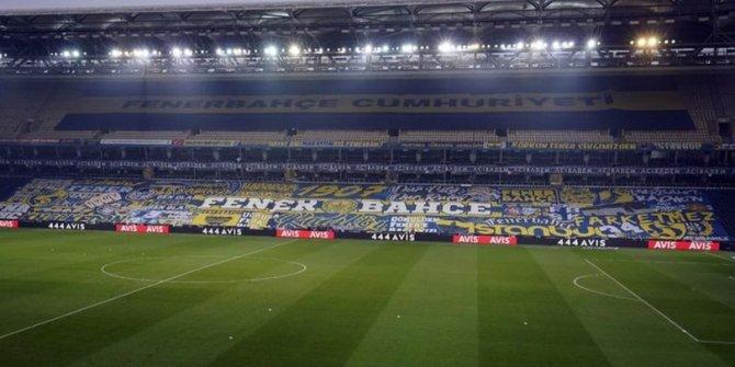 Fenerbahçe taraftarından Trabzonspor maçına özel pankart