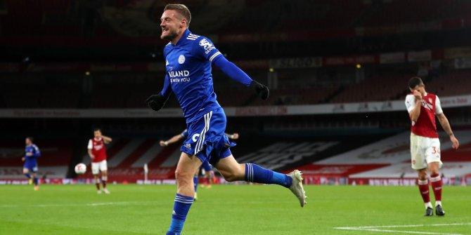 Leicester City 47 yıl sonra Arsenal'i devirdi