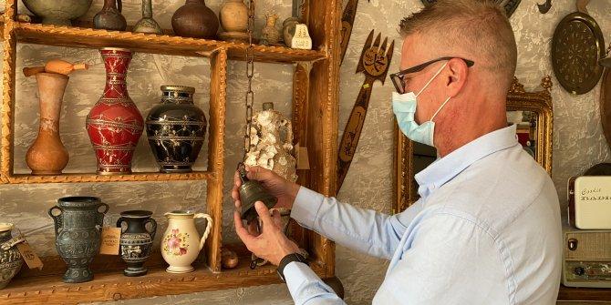 Bursa'da hurdacıdan aldığı çanı zımparaladı gözleri yerinden fırladı. Antikacı şaşkına döndü