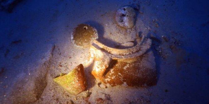 Türk araştırmacılar sualtı hazinesi buldu. Marmaris'te hem de 3 metre derinlikte