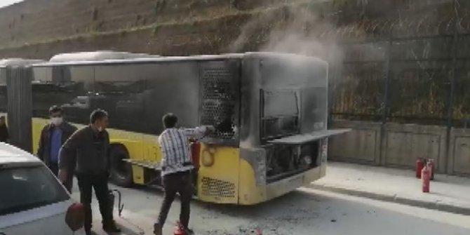 Sefaköy D-100'de otobüste korkutan yangın