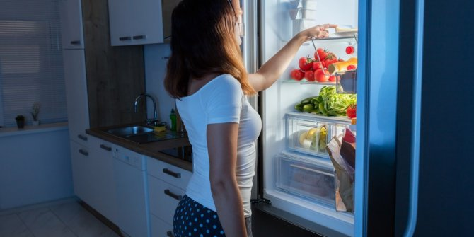 Uzmanlar, erken ölüm riskini tetikliyor diyerek uyardı. Herkesin buzdolabında bulunuyor. Zararı bir kez daha kanıtlandı