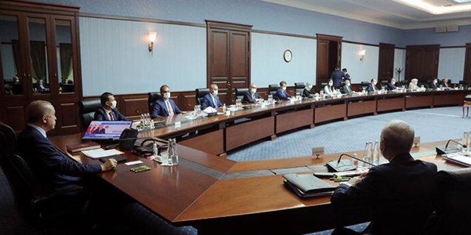 AKP MYK, Erdoğan-Putin görüşmesi nedeniyle iptal edildi