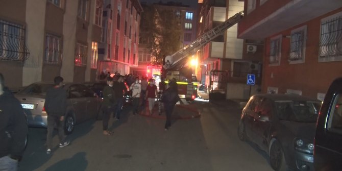 Eyüpsultan'daki yangın mahalleliyi sokağa döktü