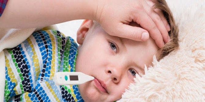 FMF (Ailevi Akdeniz Ateşi) hastalığı nedir, belirtileri nelerdir. FMF teşhisi nasıl konur. Tedavisi mümkün mü
