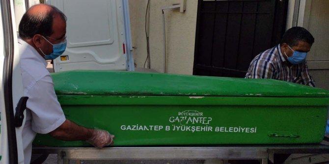 Gaziantep'te halılar sonu oldu, yaşlı adam feci şekilde can verdi