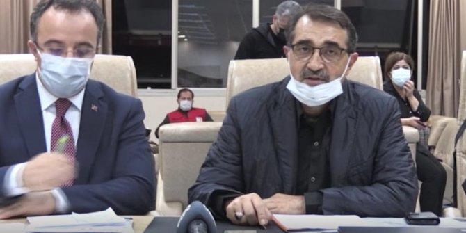Enerji Bakanı Fatih Dönmez açıkladı. İzmir depreminde 74 bin 500 abonmanın elektriği kesildi