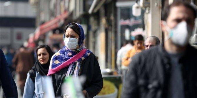 İran'da koronadan hayatını kaybedenlerin sayısı 50 bini geçti