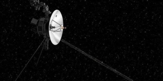NASA 2 yıldır iletişim kuramıyordu. Dünyanın tam 18 milyar kilometre uzağında. Voyager 2 ile yeniden mesajlaşma sağlandı