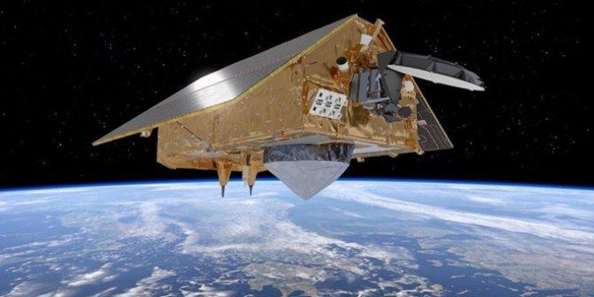 SpaceX NASA'nın kritik uydusunu uzaya taşıdı, Yeni görevi milyonlarca kişiyi etkileyecek!
