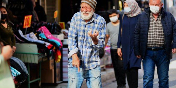 Tiyatro sanatçısı dilenci kılığına girdi, yarım saatte 60 lira topladı