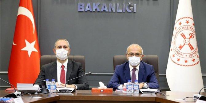 Hazine ve Maliye Bakanı Lütfi Elvan, Adalet Bakanı Abdulhamit Gül ile görüştü