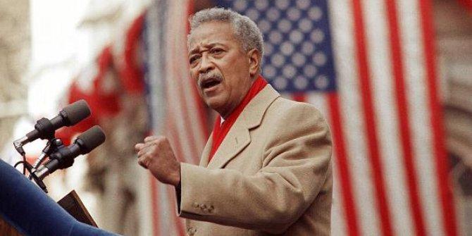 New York'un ilk siyahi belediye başkanı Dinkins hayatını kaybetti