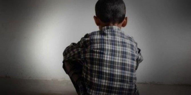 Adana'da iğrenç olay. Dedesiyle görüşmek istemeyince ortaya çıktı. 5 yaşındaki erkek torundan tüyler ürperten ifadeler