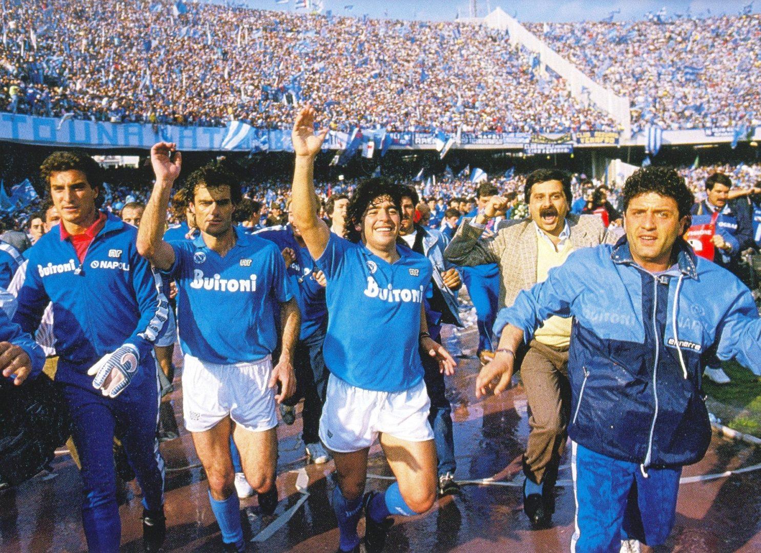 Napoli'den flaş Maradona kararı