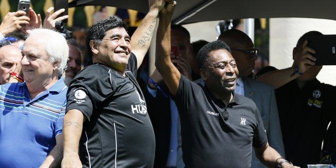 Maradona için ondan önce futbolun devi gösterilen Pele'den duygulandıran paylaşım