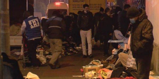 İstanbul'da koronaya rağmen gece pazarı kurdular