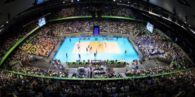 Voleybolda Ziraat Bankkart – Arkas Spor maçı koronadan ertelendi