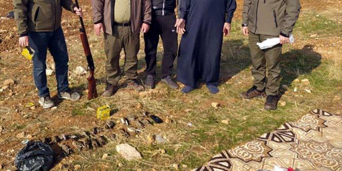 Şanlıurfa'da ses cihazı kullanarak 23 tarla kuşu avlayan kişi yakalandı