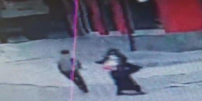 Gaziosmanpaşa'da telefonla konuşan kadına hırsızlık şoku. Gizlice arkasından yürüdü ve hamlesini yaptı