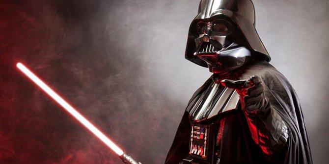Darth Vader'ı canlandıran David Prowse hayatını kaybetti