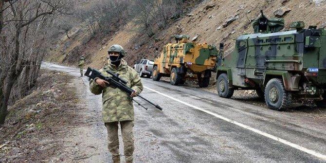 20 yıldır PKK'da faaliyet gösteren terörist teslim oldu
