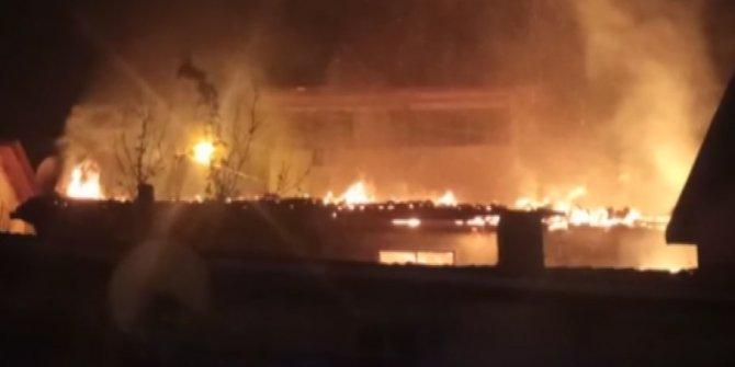 Ev yangınına müdahale eden itfaiye eri yaralandı