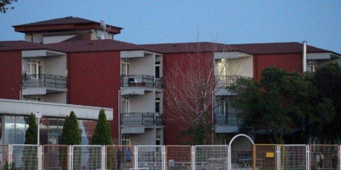 10 futbolcu korona virüse yakalandı, Kocaelispor tesisleri kapattı