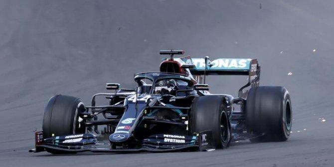 Formula 1 pilotu Lewis Hamilton korona virüse yakalandı