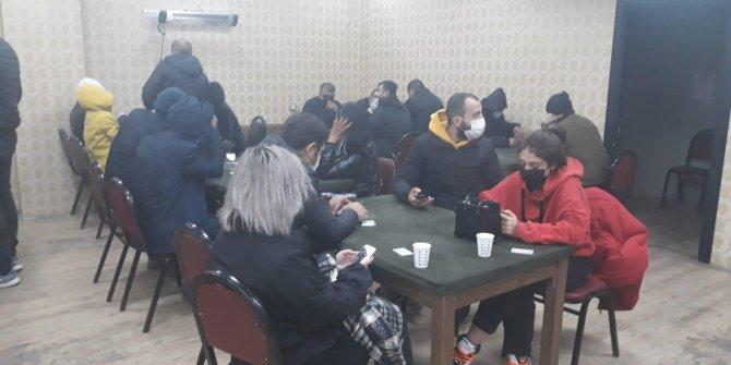 Kumarbazlar da mekan sahibi de kaybetti. Eskişehir'de 38 kişiye rekor ceza