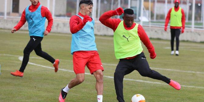 Sivasspor, UEFA'da karşılaşacağı Villareal maçı hazırlıklarına başladı