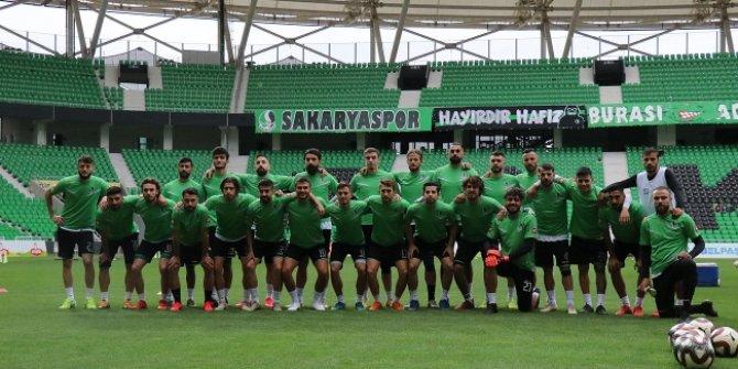 Sakaryaspor'da 10 futbolcunun Kovid-19 testi pozitif çıktı